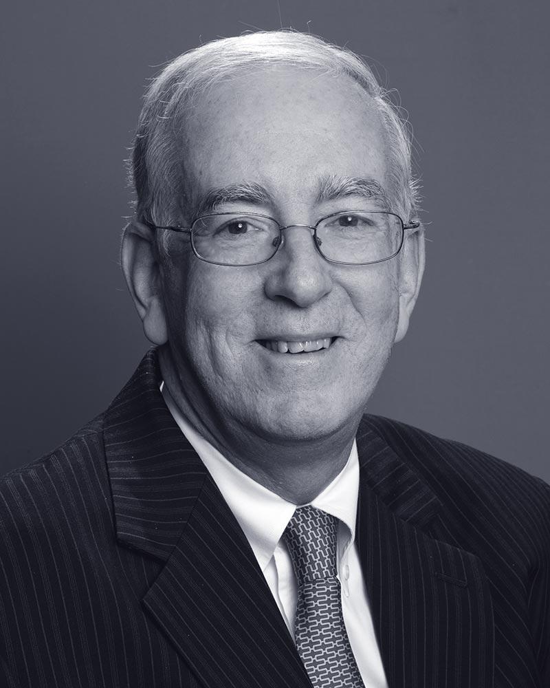 Steven-Lewis-Dunnington-Bartholow-&-Miller-LLP-attorney